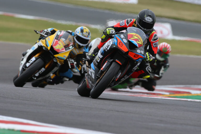 Donington Superstock 600