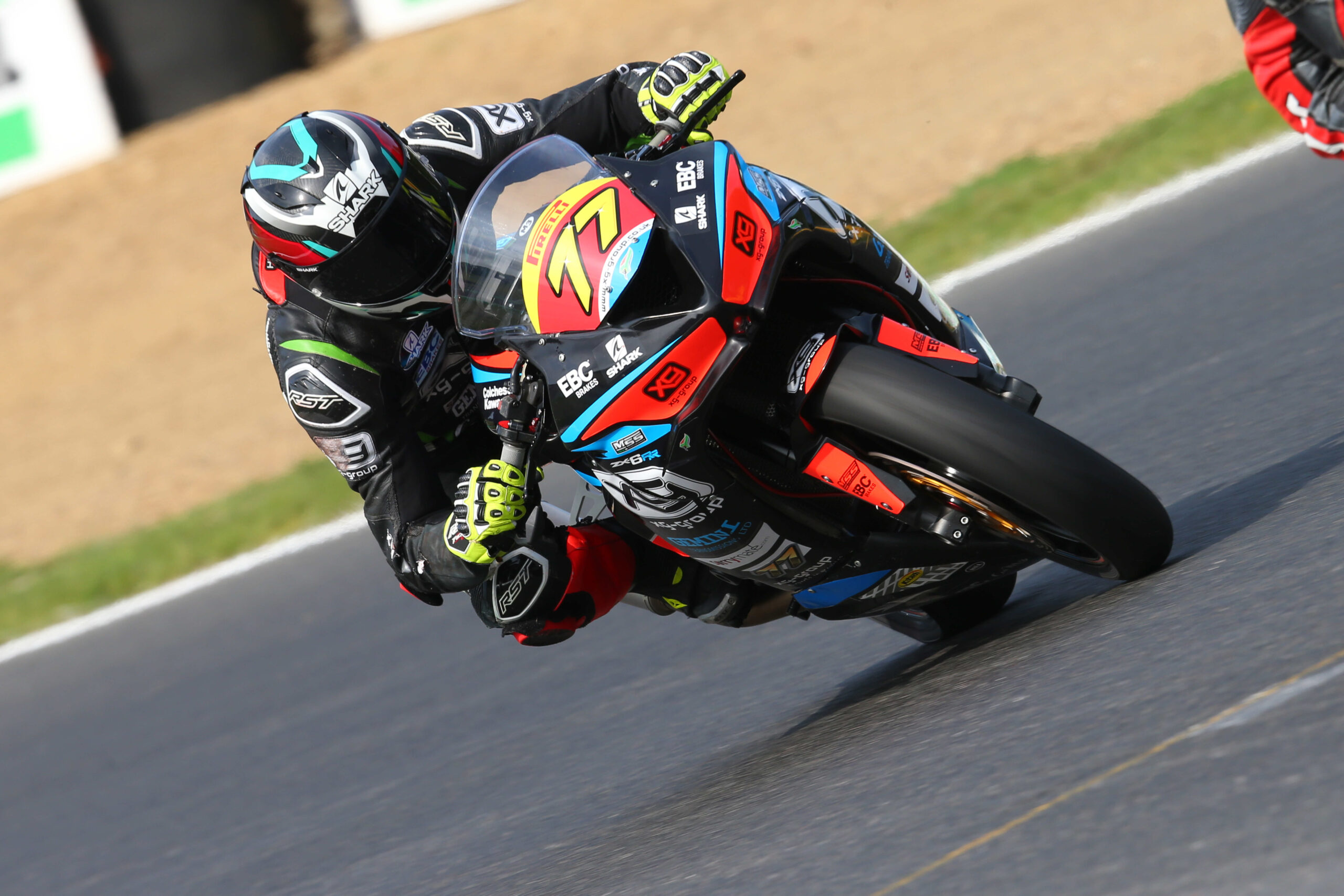 KADE VERWEY HAPPY WITH STRONG PACE AT BRANDS HATCH